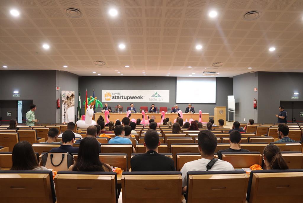 """Sesión """"Financiación, Emprendimiento y Universidad"""""""